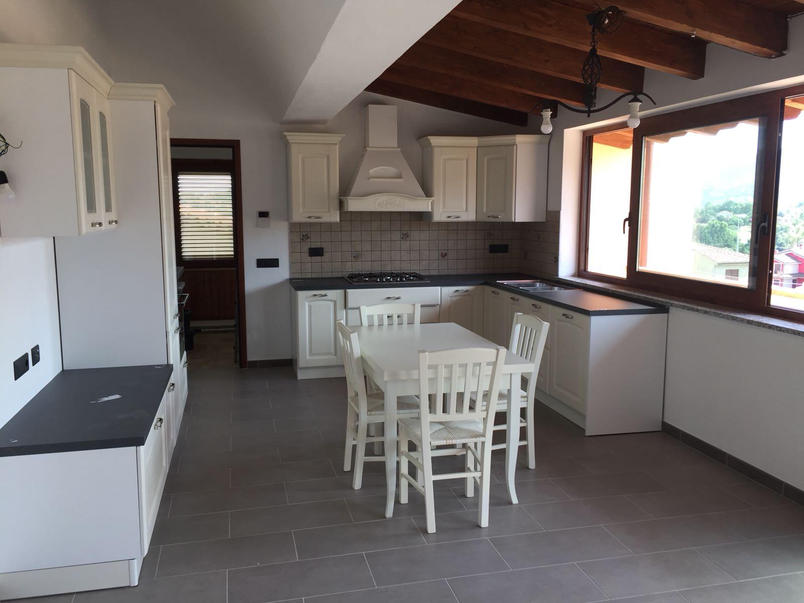 Cucine Cagliari Arredi 2000 0713 WA0001