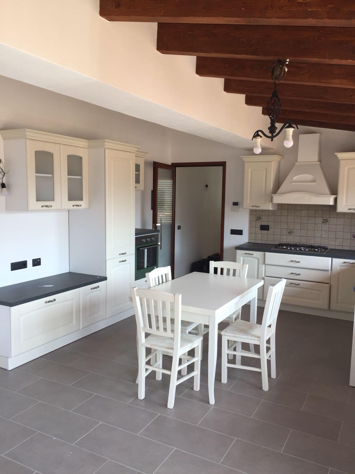 Cucine Cagliari Arredi 2000 0713 WA0003