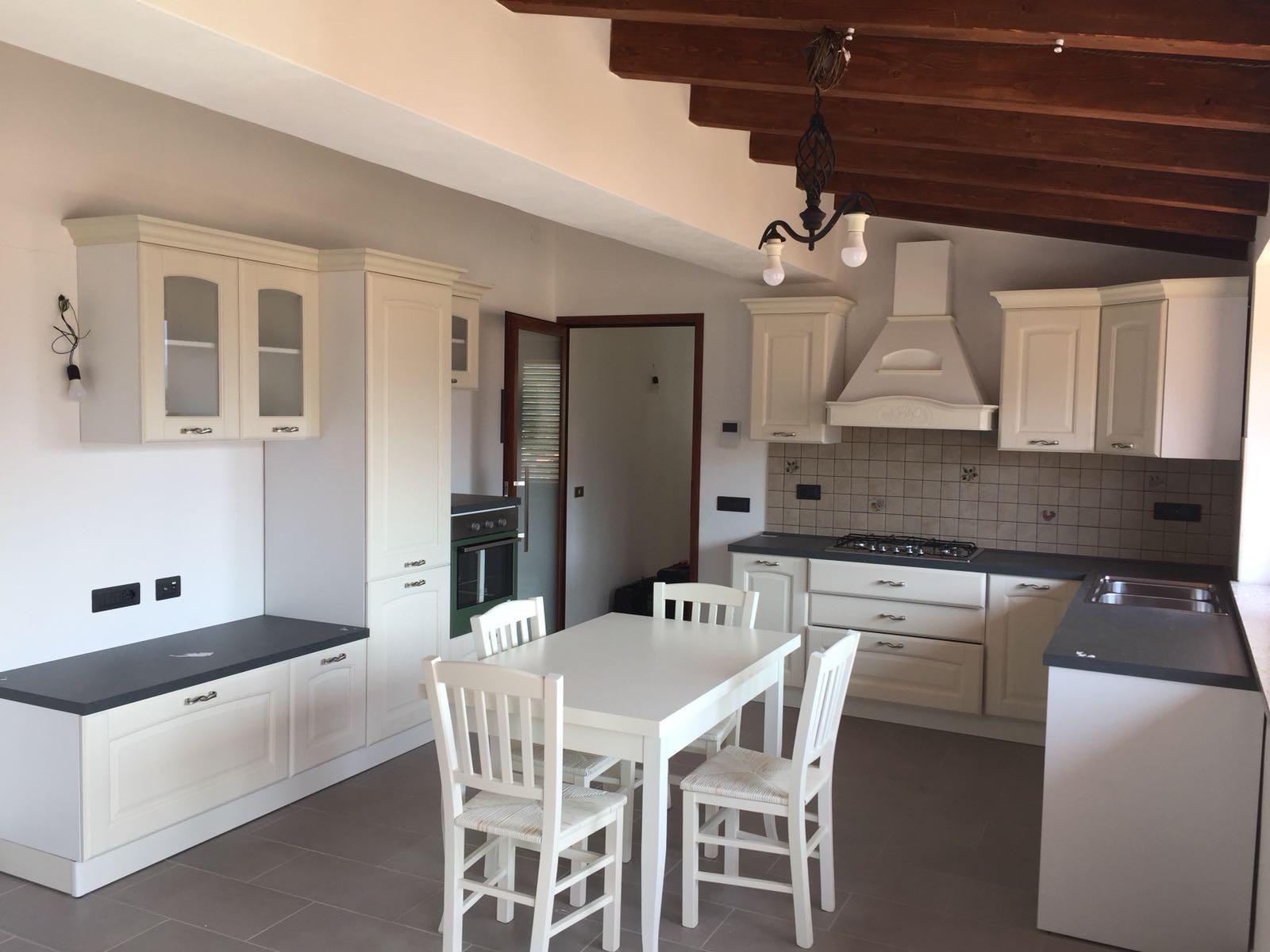 Cucine Cagliari Arredi 2000 0713 WA0005