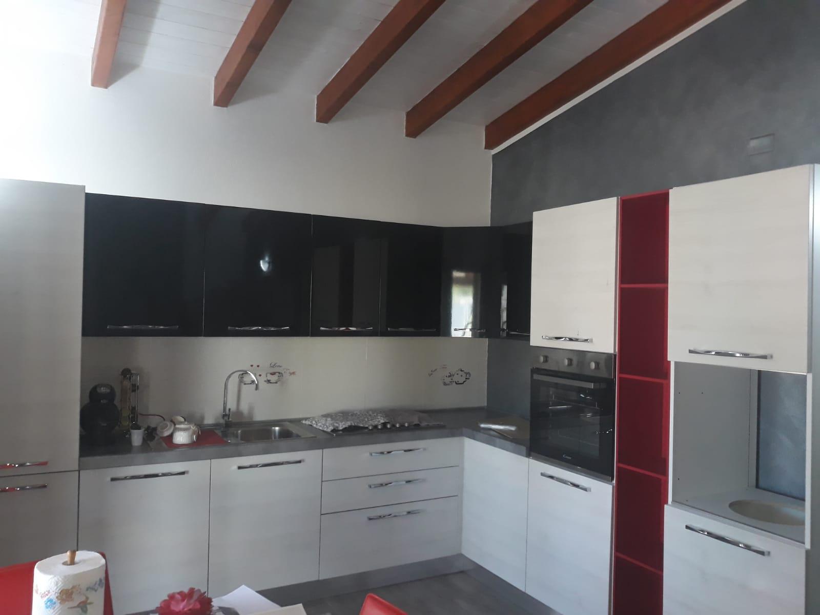 Cucine Cagliari Arredi 2000 0718 WA0004